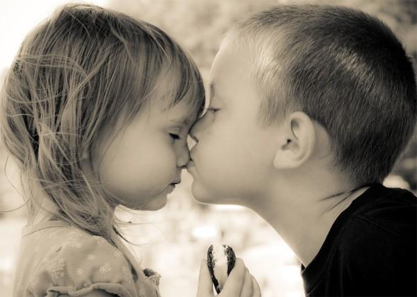 L'amour avec un Grand A, de la petite enfance à la puberté